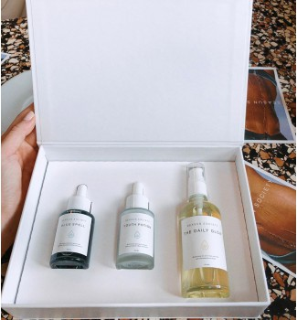 Daily Essential Gift Box (Only available in Thailand)